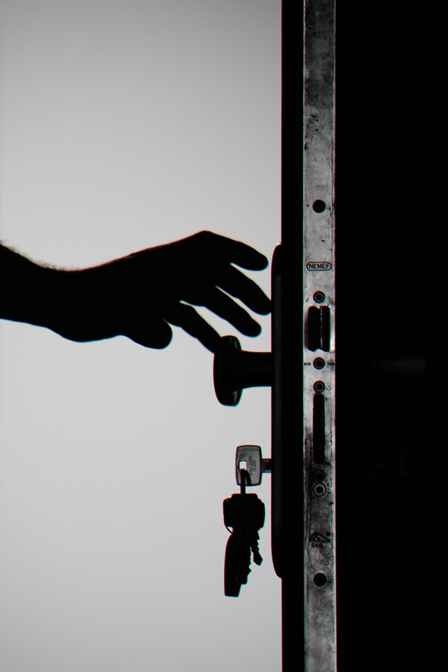 Can-you-outsmart-a-burglar-and-keep-your-home-safe