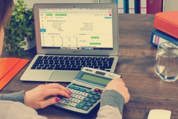 Outsourcing-accounting-services-is-not-as-hard-as-you-think