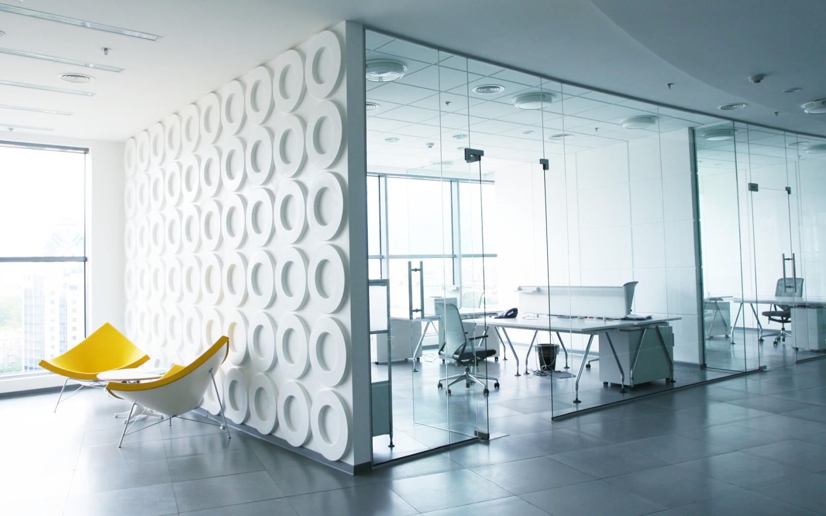 Find an office space with the help of a realtor